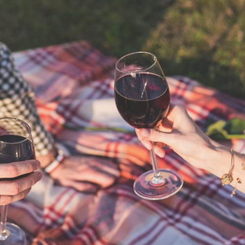 Free & Cheap Date Ideas (That Will Get You Out of the House)