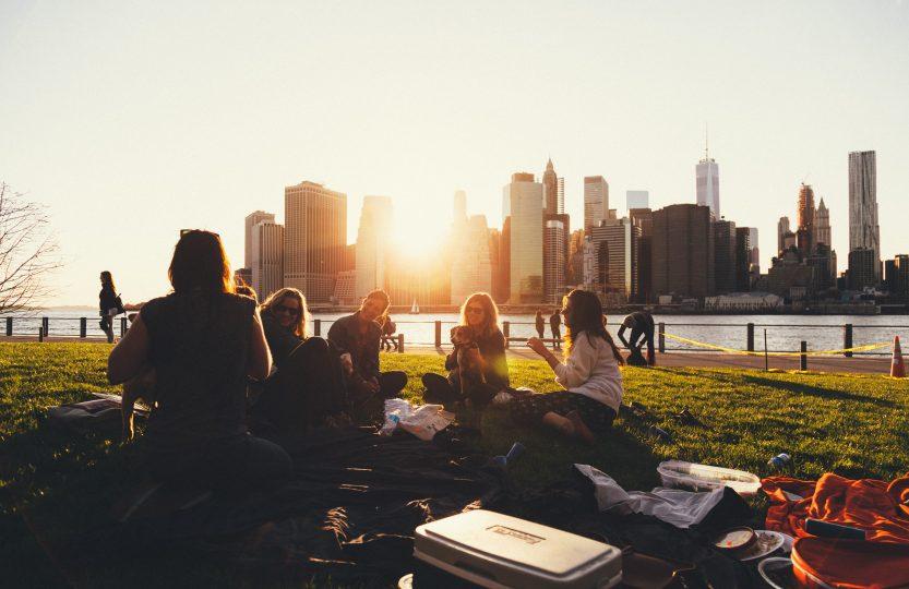 NYC Summer Bucket List Sunset Picnic