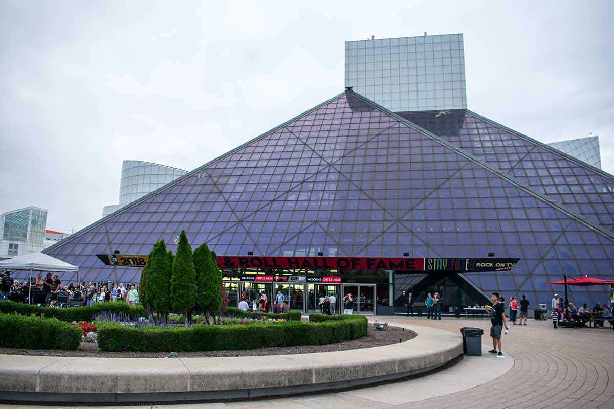 theadventuresofpandabear-cleveland-rock-and-roll-hall-of-fame-exterior-1200
