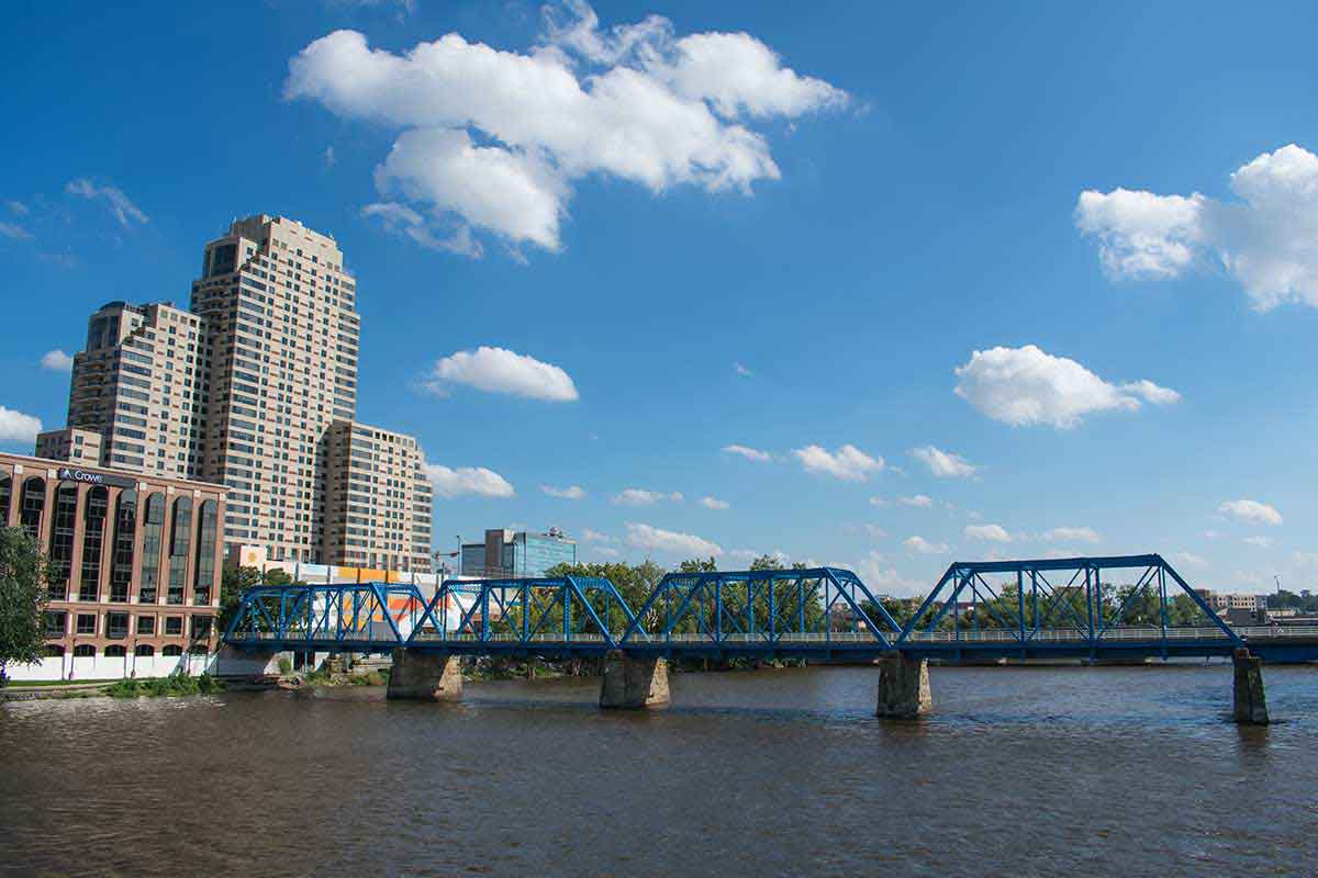 theadventuresofpandabear-grand-rapids-grand-river-blue-bridge-1200 (1)
