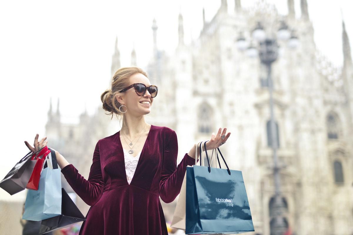 Women Money Saving Habits