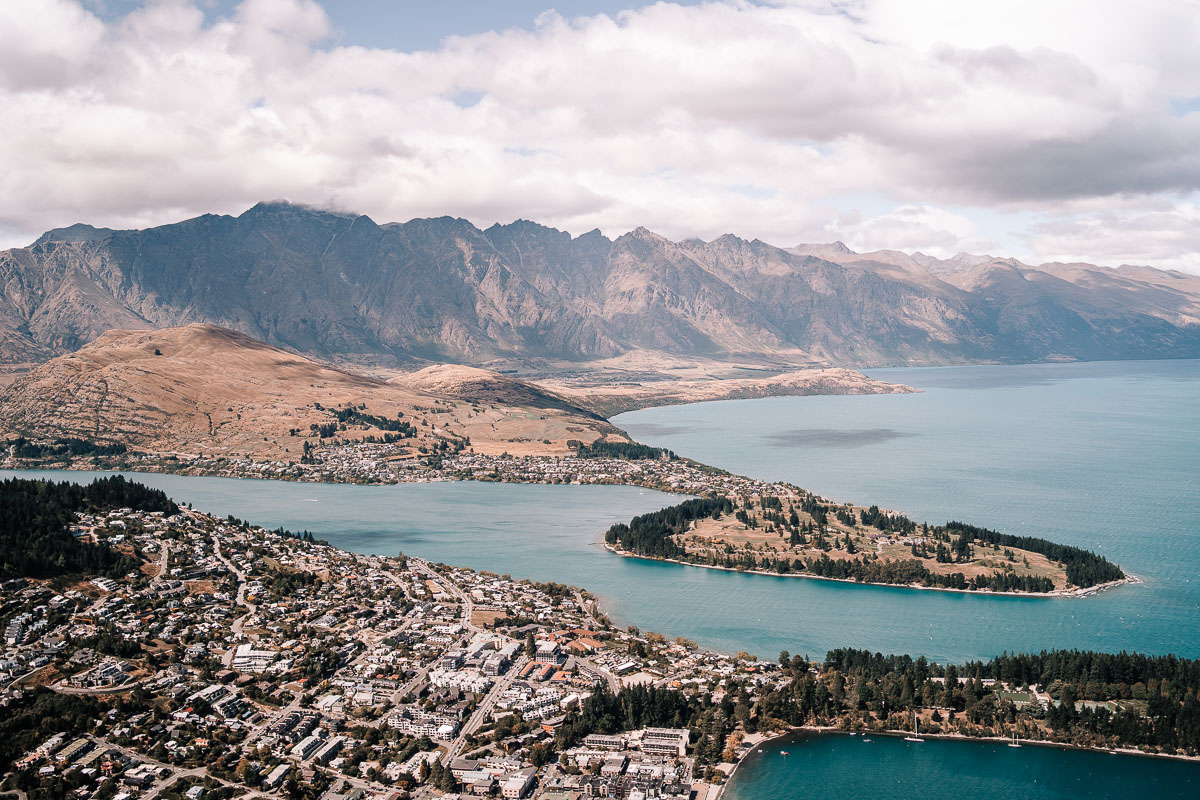 Queenstown beautiful cities around the world
