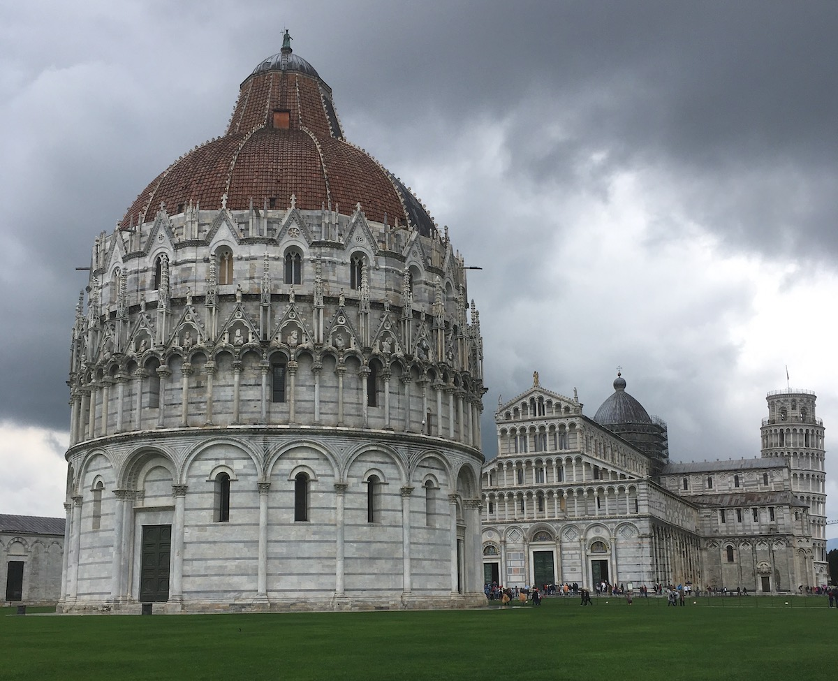 best spots to visit in italy Pisa