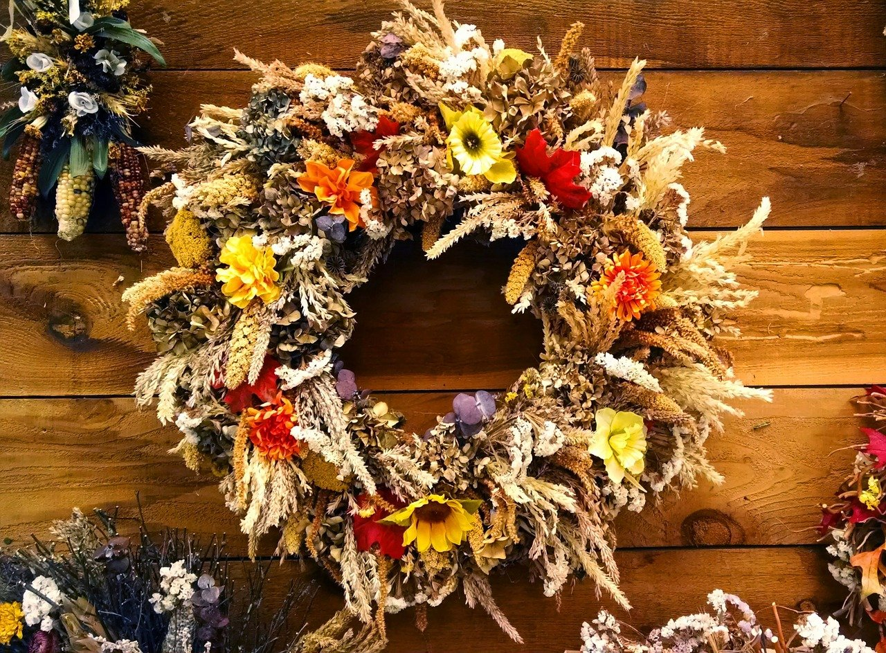Fall Apartment Decor-Colorful Fall Wreaths.