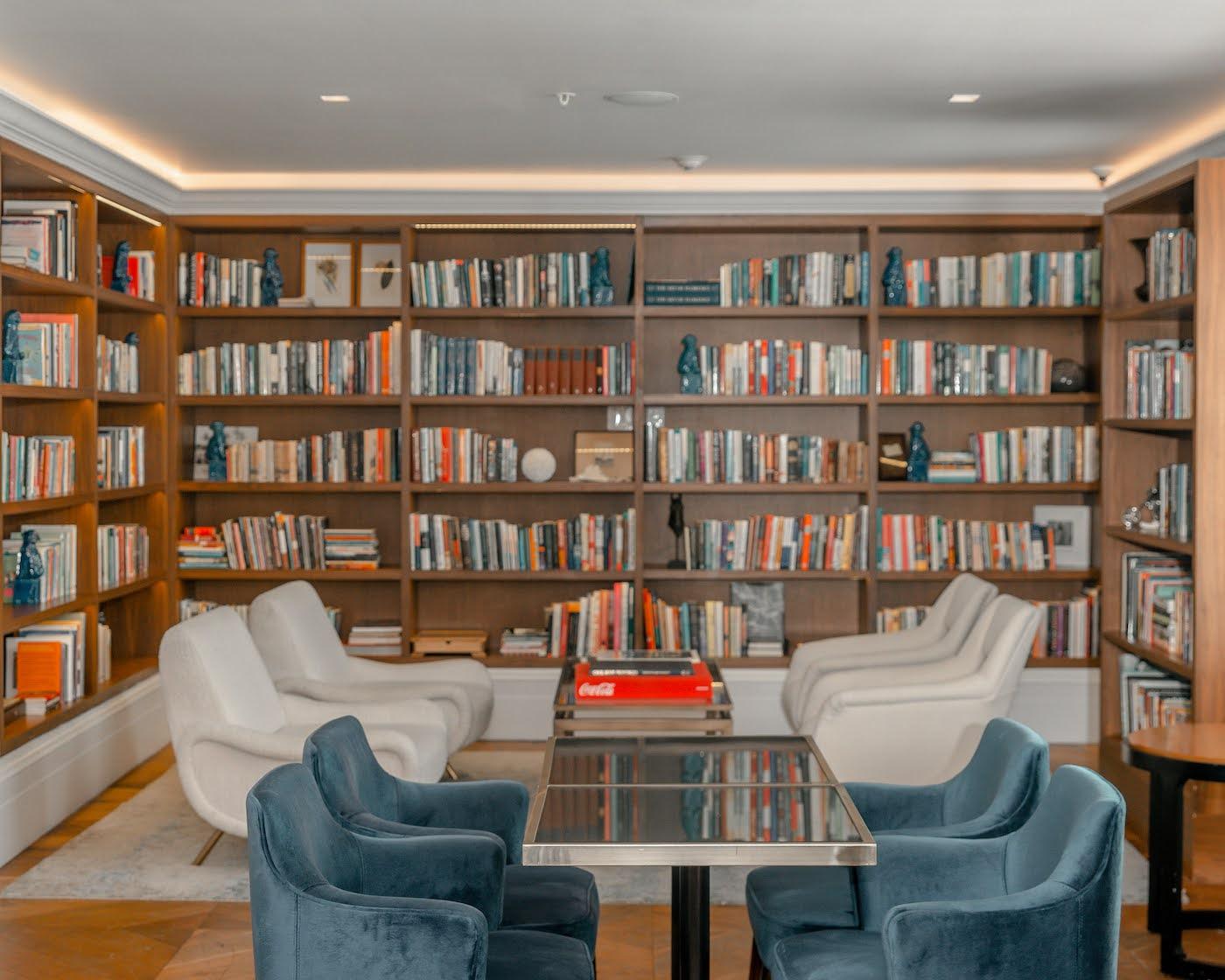 The Betsy Miami Beach Library